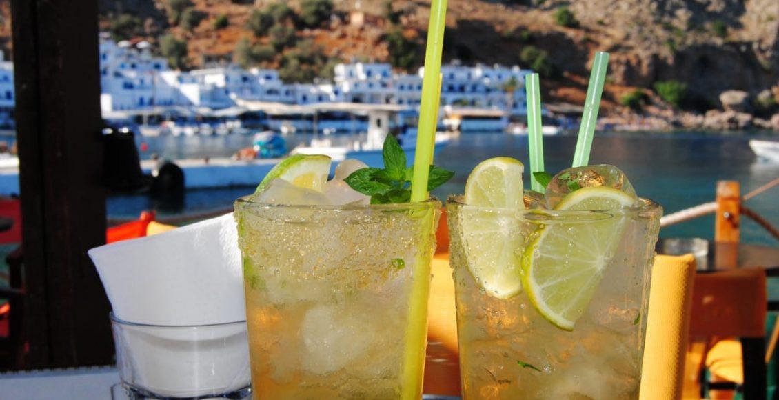 Diabólica: conheça a bebida mista que até Deus duvida do quanto é boa